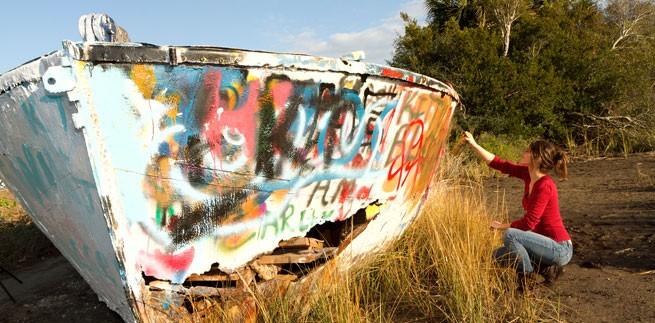 folly boat