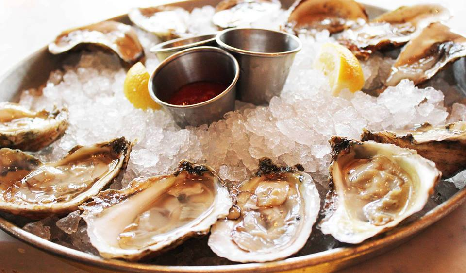 Shuckin 39 good best places to eat oysters in charleston - Bluewater grill seafood restaurant oyster bar ...